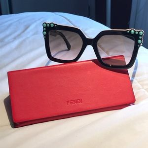 Fendi FF0260/s Can Eye square sunglasses
